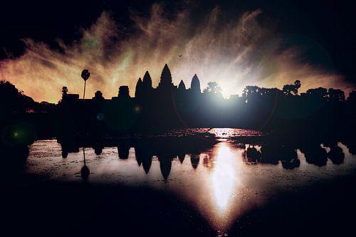 Angkor Wat Sunflare