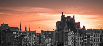 Amsterdam Damrak Skyline van Auke Hamers