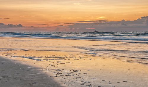 Zonsondergang aan zee van Ellen Driesse