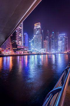 Dubai unter der Brücke von Stefan Schäfer