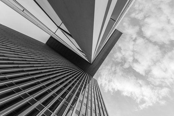 Het gebouw De Rotterdam op de Kop van Zuid in Rotterdam