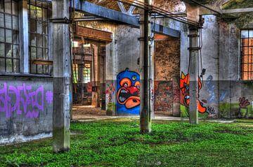 Verlaten fabriek van Peter Oudenes