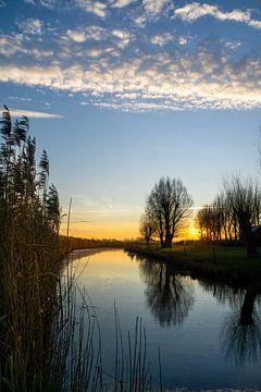 Sonnenaufgang-Bach von Willian Goedhart