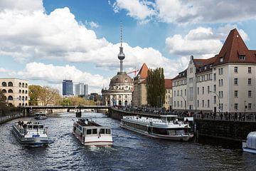 Bateaux d'excursion sur le Berlin Spree