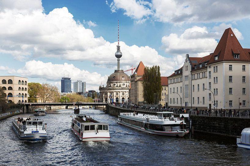 Bateaux d'excursion sur le Berlin Spree sur Frank Herrmann