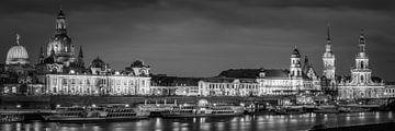 Panorama von Dresden in schwarz-weiß von Henk Meijer Photography