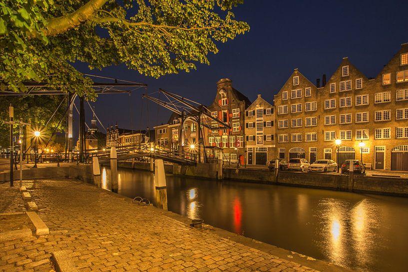 Damiatebrug en Wolwevershaven in Dordrecht in de avond van Tux Photography