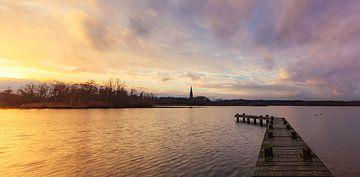 Steg bei Sonnenuntergang von Thijs Friederich