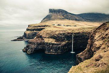 Múlafossur waterval, Faeröer Eilanden van Expeditie Aardbol