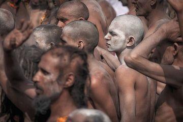 Naga sadhu op het Kumbh Mela festival in Haridwar van Wout Kok