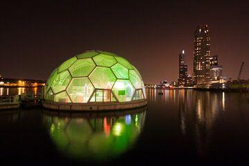 Het drijvende paviljoen van Chantal Nederstigt