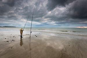 Visser aan het Bretonse strand