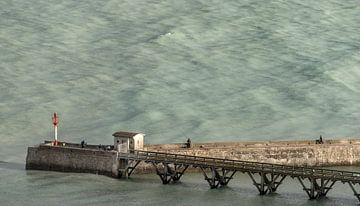 Oceaan pier bij Le Tréport sur Harrie Muis