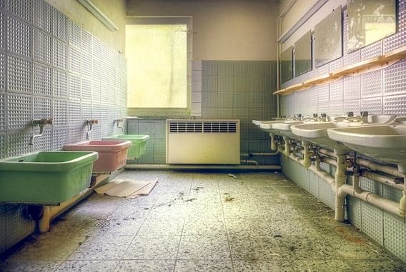 Badkamer voor Kinderen van Roman Robroek