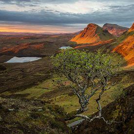 Lever du soleil dans le paysage de montagne de Quiraing sur iPics Photography