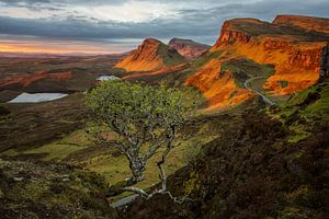 Zonsopkomst in een Quiraing landschap op Skye