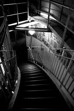 Treppenabgang (abwärts) von Norbert Sülzner