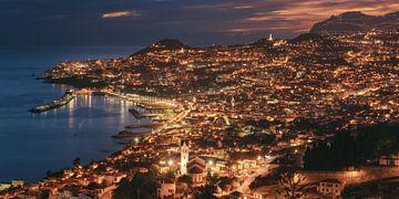 Madère Funchal à l'heure bleue sur Jean Claude Castor