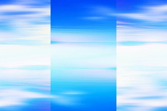 Abstract licht blauwe zeegezicht van Jan Brons