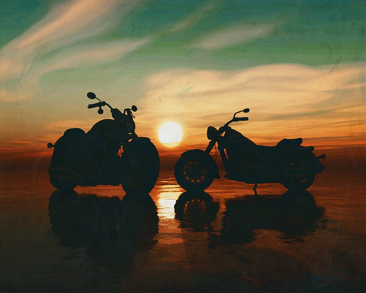 Twee motorfietsen op het strand bij zonsondergang van Jan Keteleer