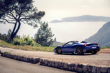 Ferrari 458 Aperta in de bergen bij Monaco sur