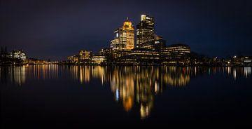 Amsterdamer Skyline an der Amstel von FotoBob