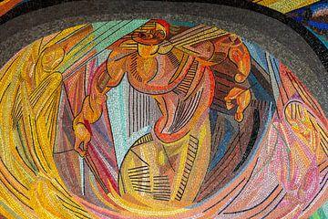 Mozaïek - De geboorte van de mens, Otto Freundlich, van Atelier Liesjes