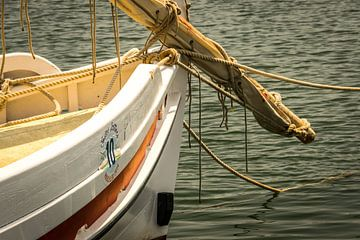 Detail van een Catalaanse boot van Pascal Raymond Dorland