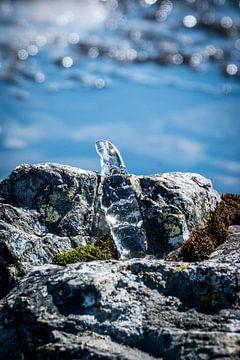 Eiszapfen aus einem Eissee von Jayzon Photo