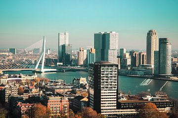 Clear skies above Rotterdam van Joran Huisman