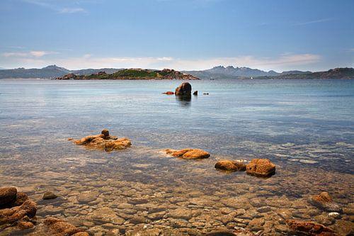 Kust van Isola Caprera, Sardinië