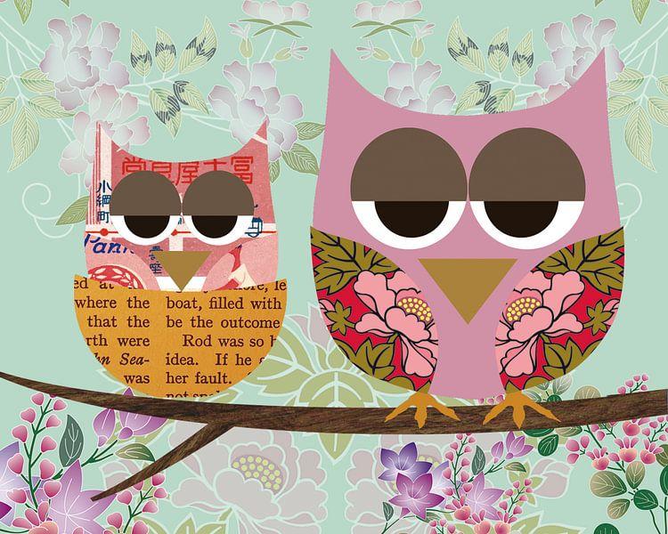 Pink baby and mother owl van Green Nest