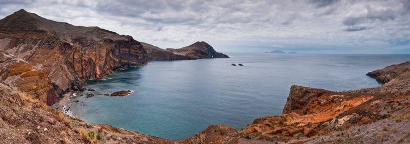 Baai (Madeira) van Bas Wolfs