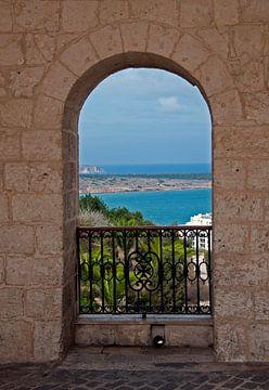 doorkijkje op het eiland malta van Compuinfoto .