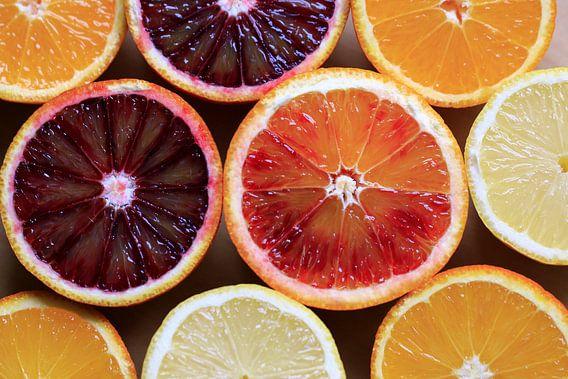 vitamines...! fris en fruitig! van Els Fonteine