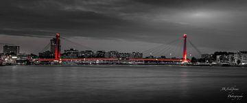 Willemsbrug Rotterdam van John Kraak