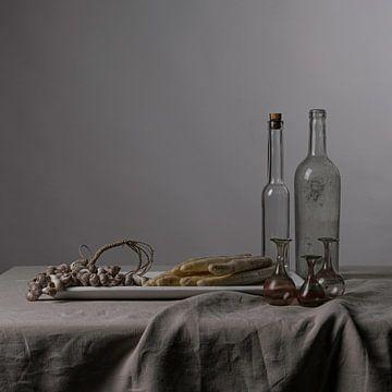 Nüchternes modernes Stillleben mit Spargel [quadratisch]. von Affect Fotografie