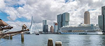 Aida Prima - Rotterdam Cruise Stadt von Sylvester Lobé