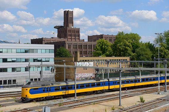 Inktpot en intercity bij Station Utrecht Centraal