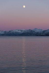 Volle maan in Noorwegen van