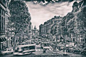 Zwart wit print van een drukke straat in Parijs