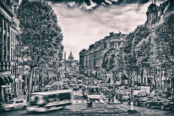 Zwart wit print van een drukke straat in Parijs van Rene du Chatenier