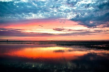 Nordsee: Sonnenuntergang bei Cuxhaven II. von Norbert Sülzner