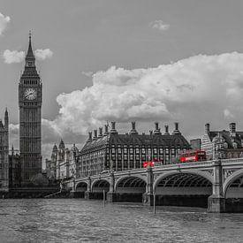 London Foto - Skyline mit roten Bussen - 2 von Tux Photography