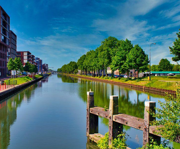 De stilte op de Zuid-Willemsvaart in Weert van J..M de Jong-Jansen