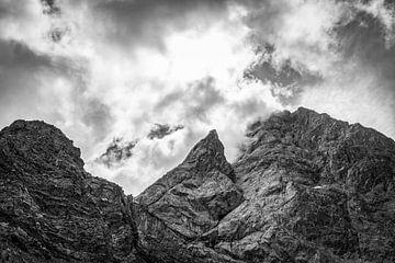 Berge in den Wolken von MindScape Photography