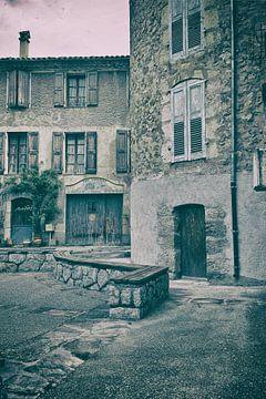 Provence, Castellane garage oude taxibedrijf van Rene du Chatenier