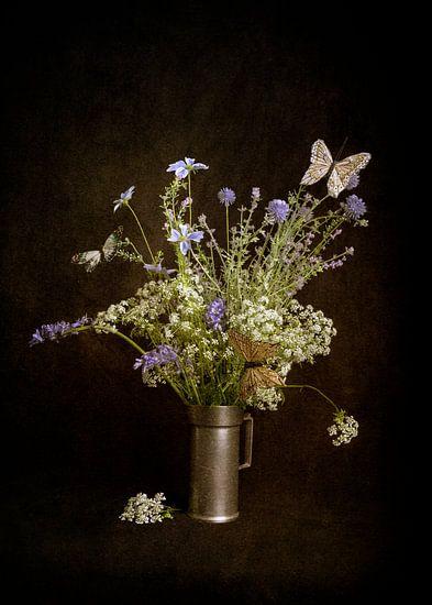 Stilleven met wilde bloemen van Guna Andersone