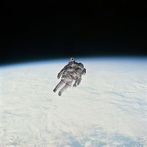 Eerste vlucht met jetpack, 1984 van Moondancer .