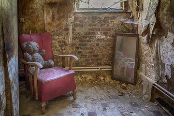 Bär im Stuhl von Manja van der Heijden
